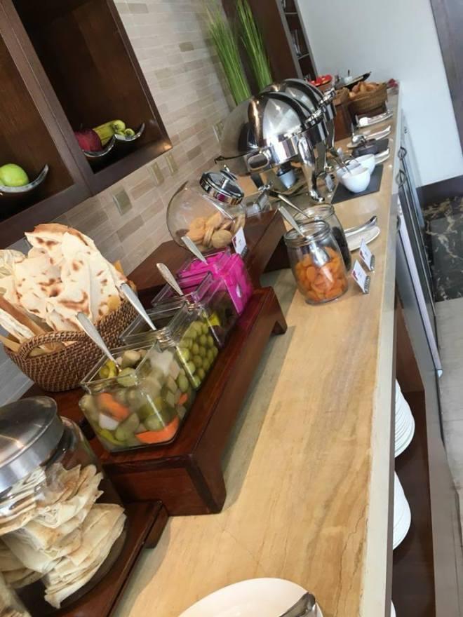 executive lounge food 2